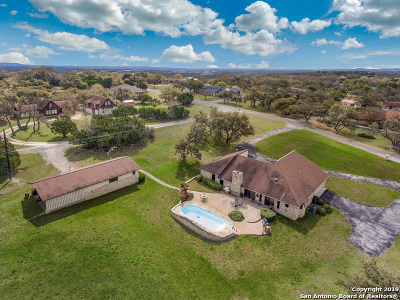 Boerne Single Family Home New: 202 Wollschlaeger Dr