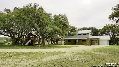 Pipe Creek Single Family Home For Sale: 345 Apache Ln