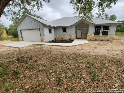 Atascosa County Single Family Home Active Option: 154 Red Fox