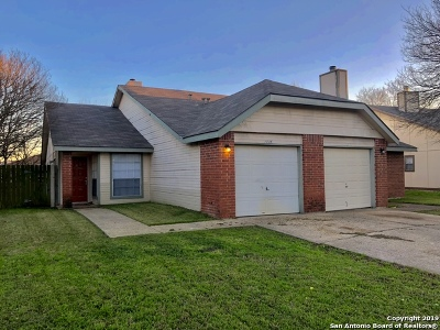 San Antonio Multi Family Home New: 7014 Silver Canyon