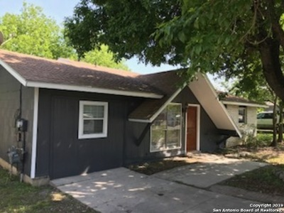 San Antonio Single Family Home New: 8522 Timber Wolf Dr