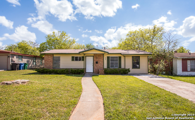 San Antonio Single Family Home New: 2930 Lasses Blvd
