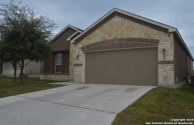 Schertz Single Family Home New: 322 Walnut Crest