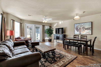 New Braunfels Condo/Townhouse For Sale: 730 E Mather St #J201