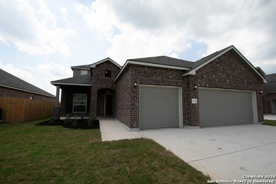 Guadalupe County Single Family Home New: 1724 Fall View
