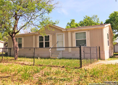 San Antonio Manufactured Home Back on Market: 13815 Turtle Cross