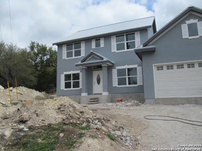 Canyon Lake Single Family Home For Sale: 132 Emily Ln