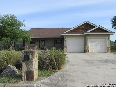 Hondo Single Family Home Active Option: 812 33rd St