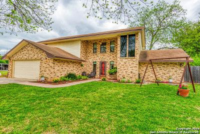 Hondo Single Family Home Active Option: 2304 Avenue J
