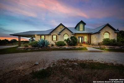 Boerne Single Family Home For Sale: 106 River Mountain Dr