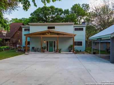 Seguin Single Family Home For Sale: 2761 I-10 W