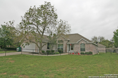 Castroville Single Family Home For Sale: 112 River Knl