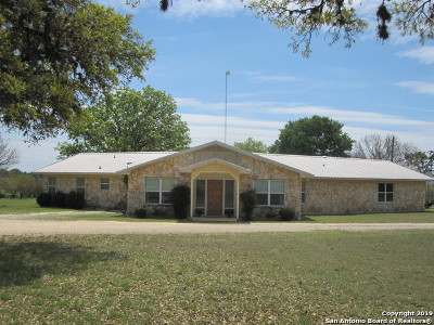 Bandera County Single Family Home For Sale: 629 Laguna Rd