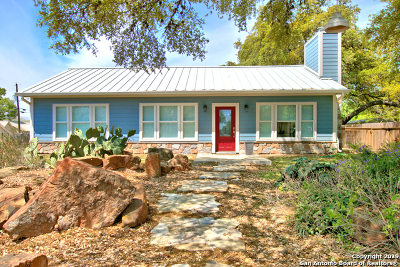San Marcos Single Family Home For Sale: 418 W Holland St