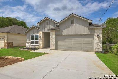 Atascosa County Single Family Home Active Option: 14673 Main St