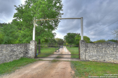 New Braunfels Farm & Ranch For Sale: 2475 Bunker St