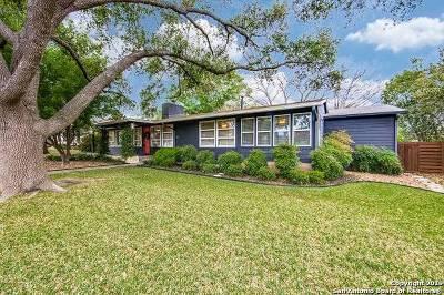 San Antonio Single Family Home For Sale: 211 Robinhood Pl