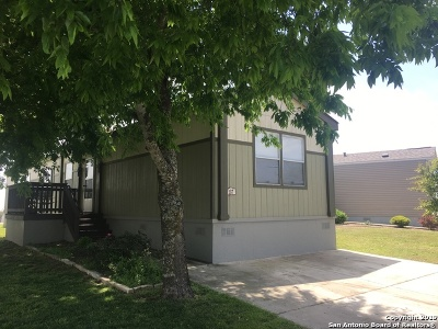 San Antonio Manufactured Home For Sale: 7151 Woodlake Pkwy
