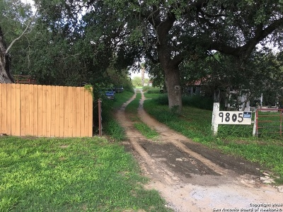 Atascosa County Residential Lots & Land For Sale: 9805 Us Highway 281
