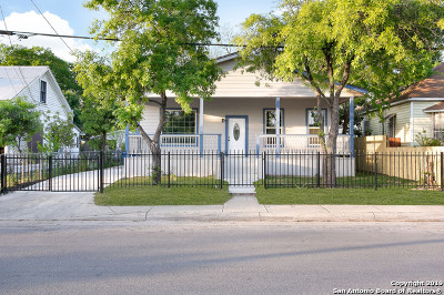 Single Family Home For Sale: 215 Lone Star Blvd