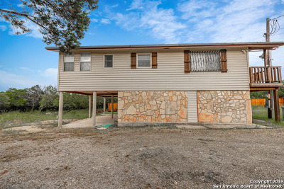 Canyon Lake Single Family Home Back on Market: 962 Paradise Dr