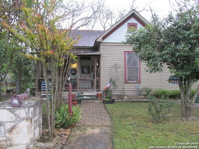 Boerne Single Family Home For Sale: 141 Mesquite St