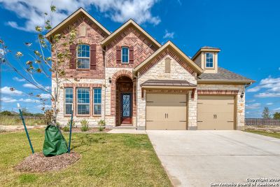 Schertz Single Family Home For Sale: 5230 Village Park