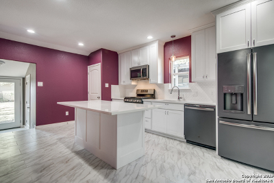 Single Family Home Active Option: 302 Pruitt Ave
