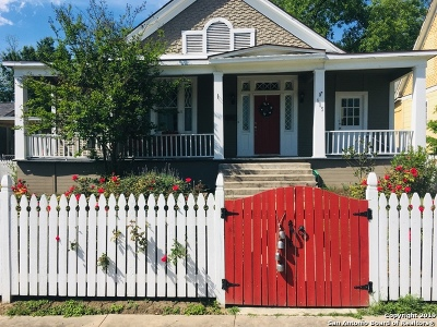 Single Family Home Active Option: 615 W Mulberry Ave
