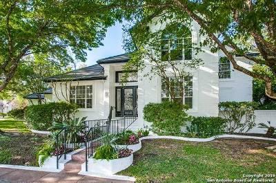 San Antonio Single Family Home For Sale: 2 Oxford Hall