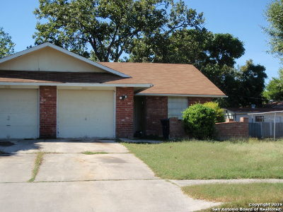 San Antonio Multi Family Home New: 2121 Darwin Dr