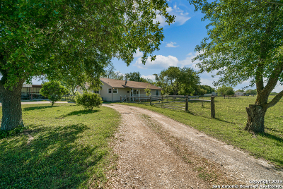 Marion Single Family Home For Sale: 343 Wild Coyote Trail