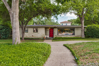Terrell Hills Single Family Home For Sale: 200 Tuttle Rd