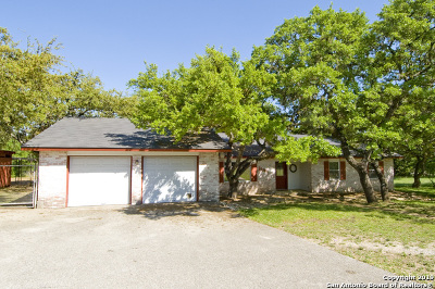 Bulverde Single Family Home For Sale: 30804 Buck Ln