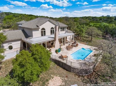 Kerrville Single Family Home For Sale: 673 Lake Ridge Rd