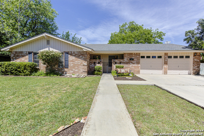 New Braunfels Single Family Home Active Option: 310 W Tanglewood Dr