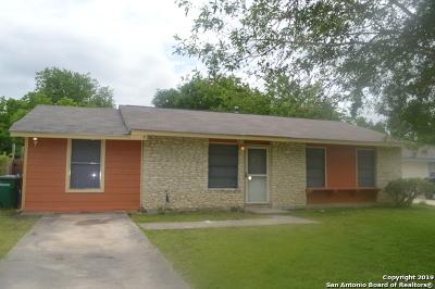 San Antonio Single Family Home New: 4706 Castle Stream Dr