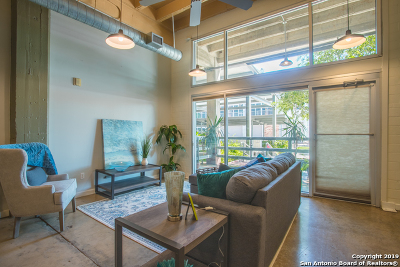 Condo/Townhouse New: 1331 S Flores St #101