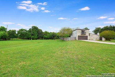 Boerne Single Family Home New: 115 Bentwood Dr