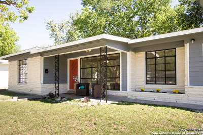 Boerne Single Family Home New: 434 Basswood Dr
