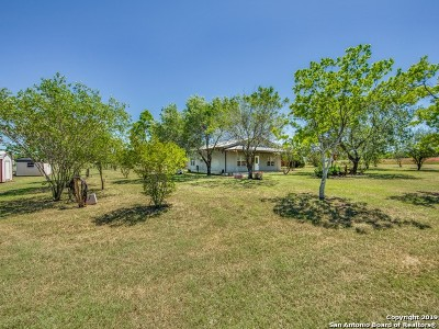Floresville Single Family Home For Sale: 3442 State Highway 97 E