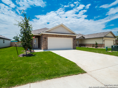 Seguin Single Family Home New: 2416 Ranger Pass