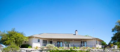 Kerrville Single Family Home For Sale: 1805 Summit Ridge Dr