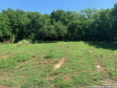 Floresville Residential Lots & Land Price Change: 802 3rd St