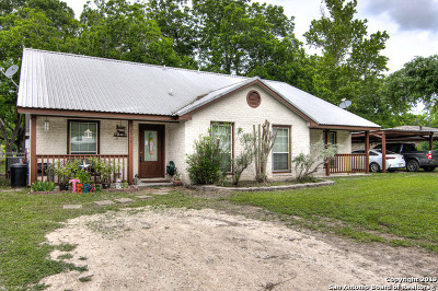 Guadalupe County Multi Family Home New: 2328 El Rhea Dr