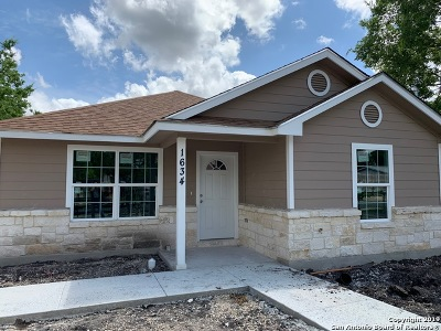 San Antonio Single Family Home Active Option: 1634 Santa Rita