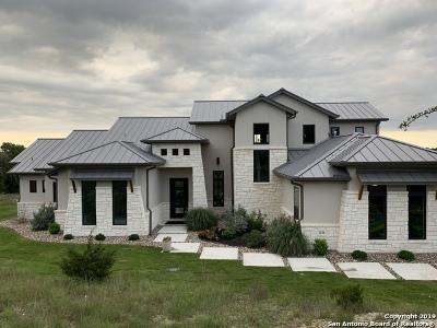 Canyon Lake Single Family Home For Sale: 2221 Longs Peak