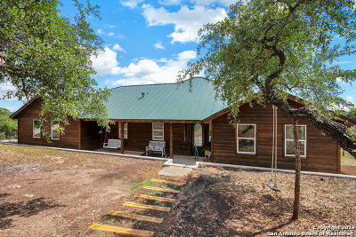Canyon Lake Single Family Home For Sale: 1324 Primrose Path