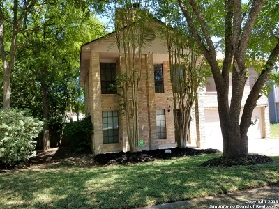 Schertz Single Family Home Active Option: 2412 Hidden Grove Ln
