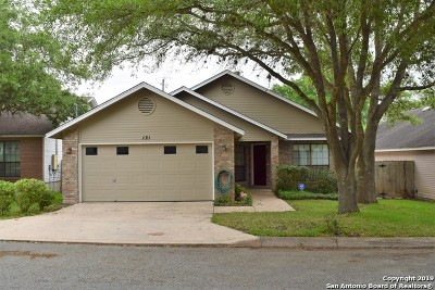 Boerne Single Family Home For Sale: 121 Francis Ave